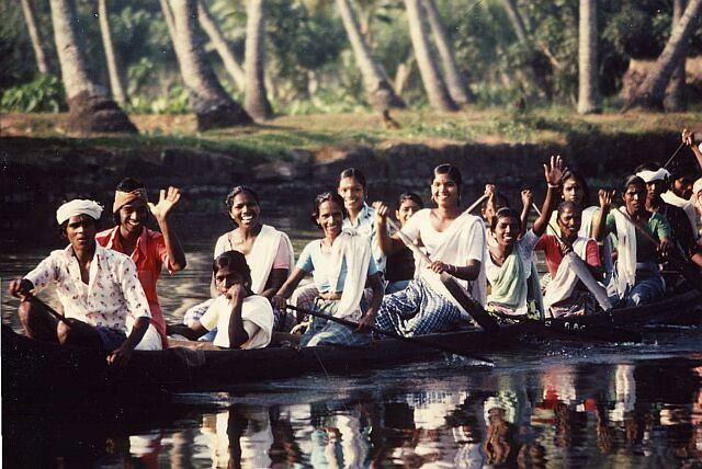 india kerala boat people