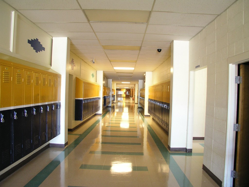 Foyer Area High School : Custer county district high school miles city first