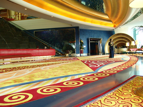 Dubai al bharj 7 hotel inside this amazing 7 star for The seven star hotel in dubai