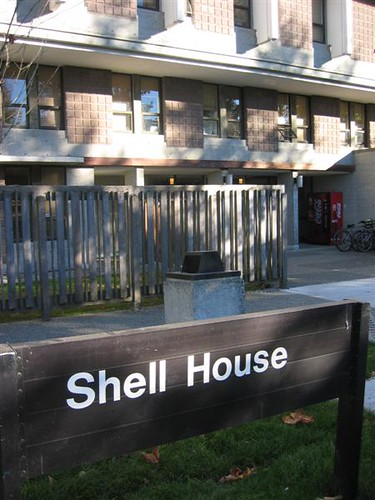 Shell house residence chris maddocks flickr for House shell cost