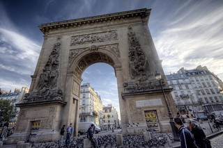 porte saint denis | by extranoise