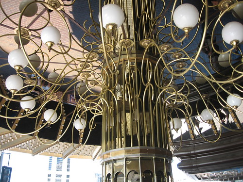 Chandalier thingy outside Barbary Coast | by davetron5000