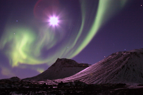 Aurora borealis dancing with the moon | by Gunnlaugur