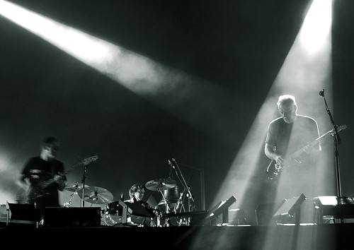 david gilmour münchen 29/7/2006. 36 (B&W) | by deep_schismic