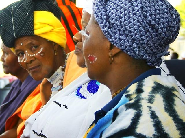 African Xhosa women