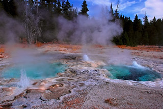 Yellowstone Beats Bellagio | by Fort Photo