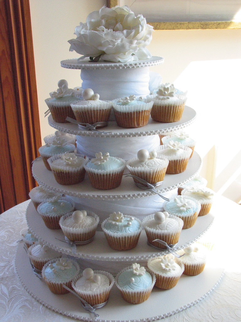 pictures of wedding cakes made out cupcakes my wedding cakes they turned out really well 18466