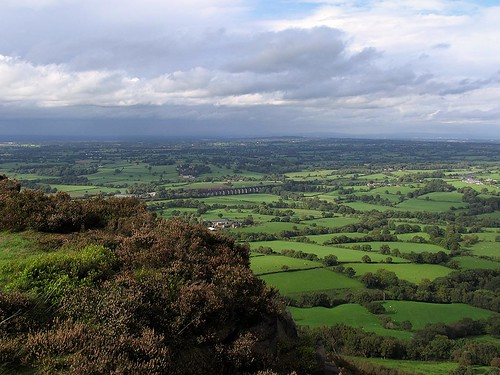 Looking from Bosley Cloud | by tarboat