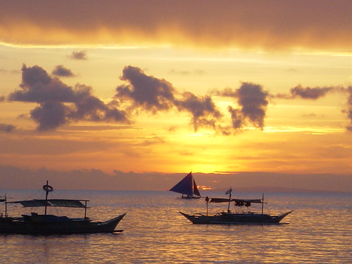 Sunset at Boracay Island Oct 2006 | by psmacdonald