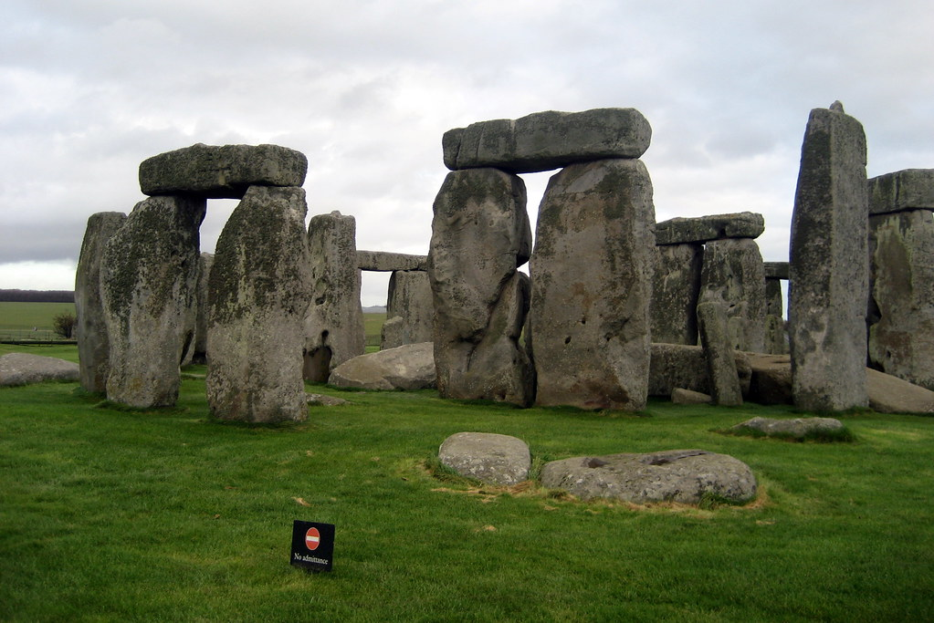 Stonehenge carbon dating