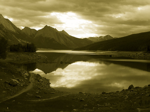 Glass Lake on Sepia | by Blender pics