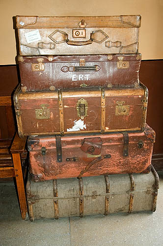 Old suitcases old suitcases goathland staion michelle for What to do with vintage suitcases