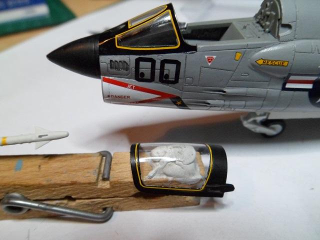 Pas-à-pas : Vought F-8E Crusader [Academy 1/72] - Page 2 31442221101_299c95918b_o