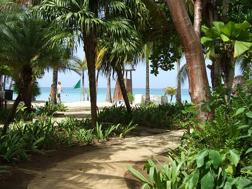 Couples Resort On  Mile Beach Negril