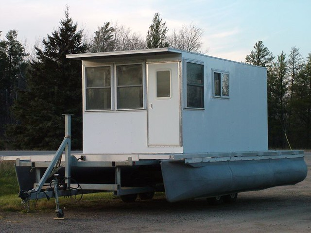 Homemade House Boat | I want to do something similar -- exce… | Flickr
