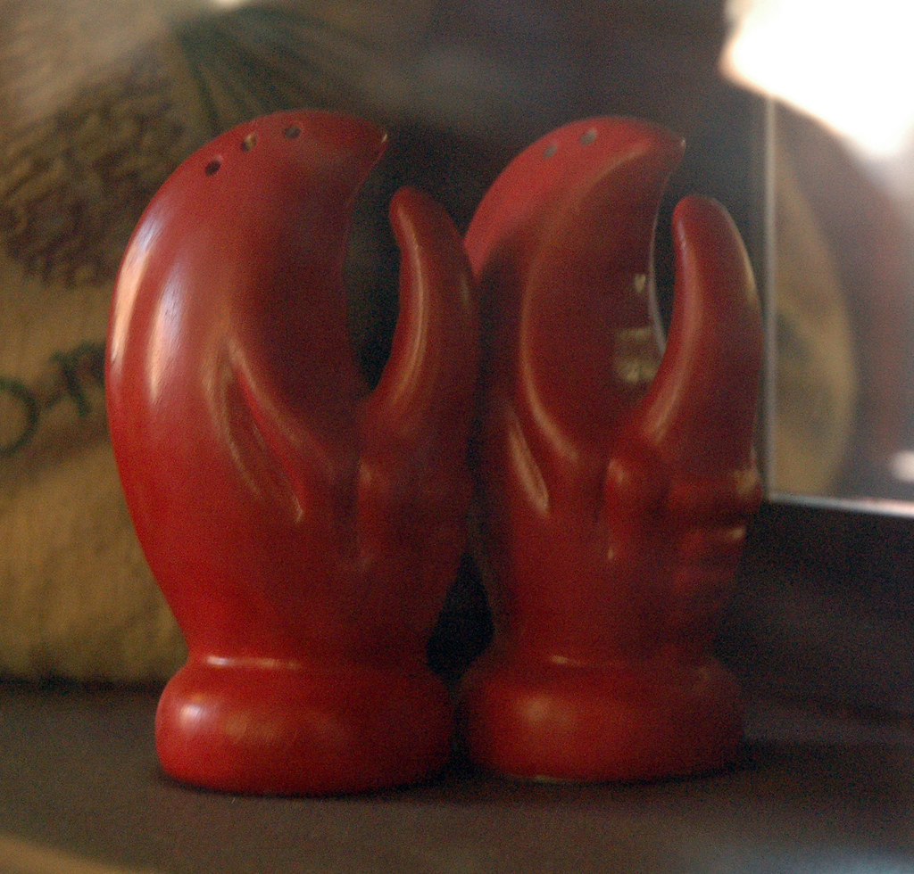 Byways cafe lobster salt and pepper shakers these awesom flickr - Salt and pepper shaker display case ...