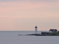 USCG Station Lighthouse, Portsmouth Harbor, New Hampshire | by meantux