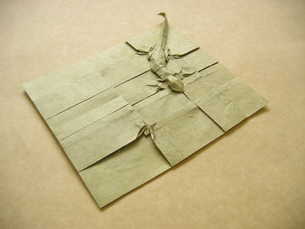 Gecko and fly on a wall | Origami - "|1024|768|?|en|2|31708631edf36ffb436b6fbfde473d57|False|UNLIKELY|0.29645559191703796