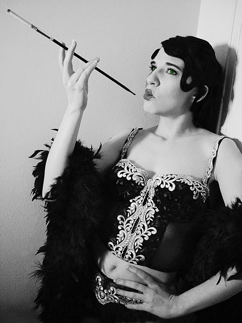 an opinion that the flapper is a misleading symbol of american women in the 1920s Free 1920's papers, essays, and research papers my account search results fashion, and morals were very different than women before the 1920's flappers became.