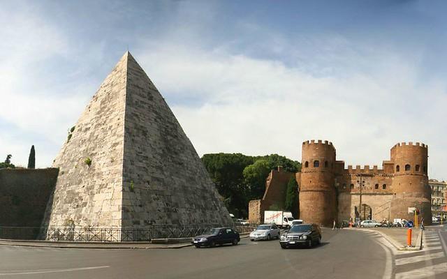 Resultado de imagem para piramide cestius