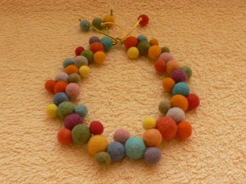 felted necklace of Lithuanian handcarfts artist | by astagelyte