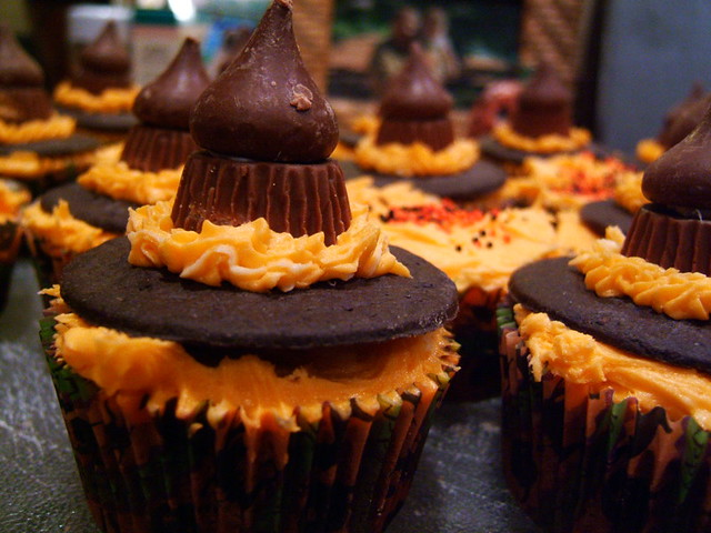Halloween Cupcakes Witches Hats Witch Hat Cupcakes | by