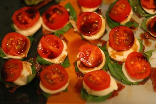 Progressive Dinner Appetizers 12Nov06 - 1 | by roland
