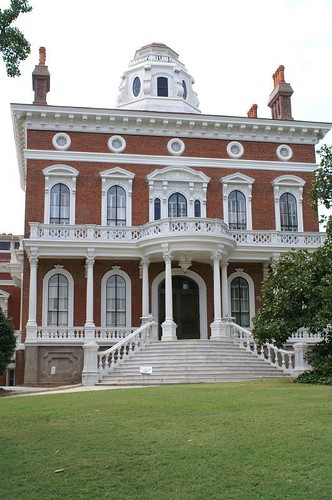 how to get a building on the national historic register