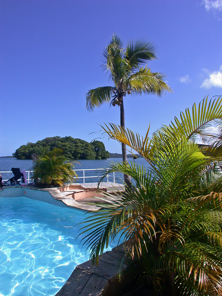 tradewinds hotel  lami  suva  fiji islands