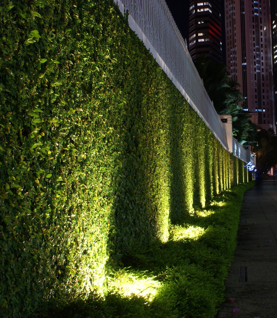 Outdoor Vertical String Lights : Green Wall Parliament House, Singapore Daniel Cheong Flickr