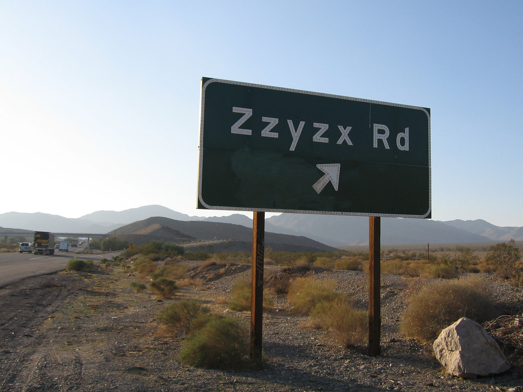 Zzyzx Road Zzyzx Road Is A 4 5 Mile 7 2 Km Long Part