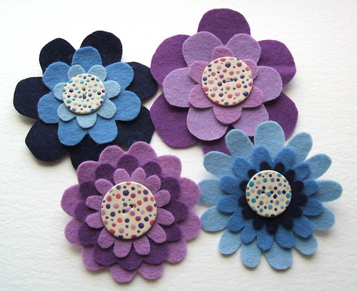 felt corsages with ceramic buttons | by raspberryfairy