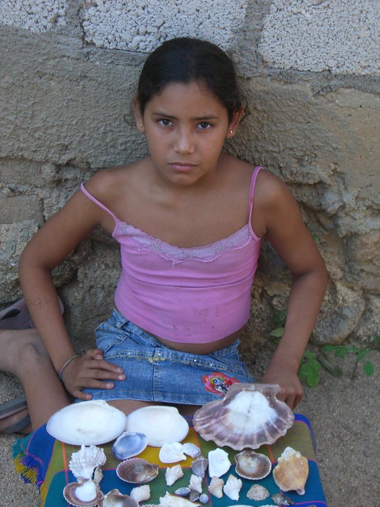 Little white teen girl giselle leon used by black gang 7