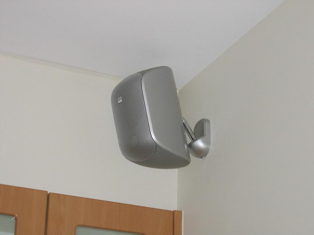 B Amp W M1 Speaker Back Left Mounting D J Y Flickr