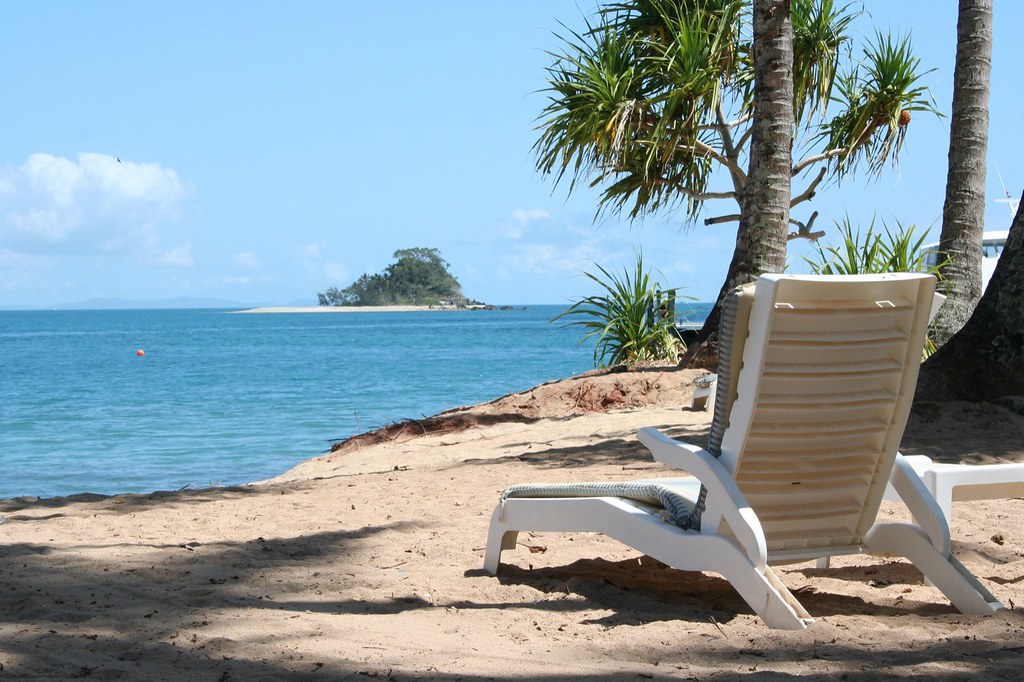 Dunk Island Holidays: We Stopped Here For A 45 Minute Break On Our