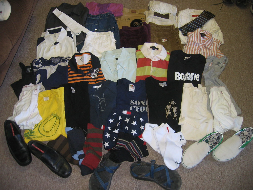 Swag wearables top row of furled t shirts by old navy for Dingy white t shirts