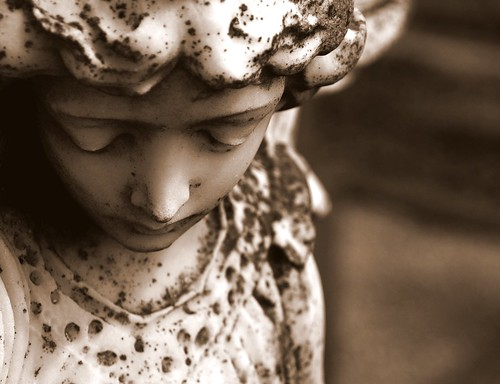 Angel found in an Irish graveyard | by Anima Fotografie