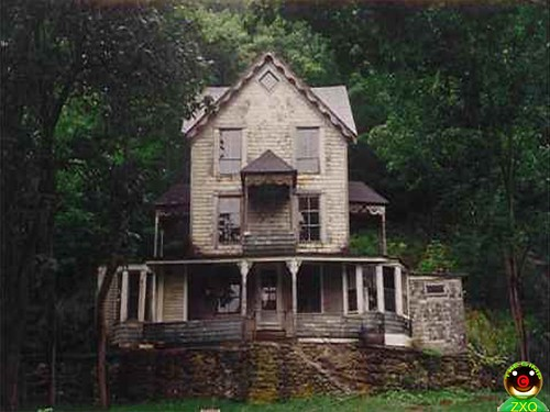 Haunted Houses Vermont Haunted House | by Zxq