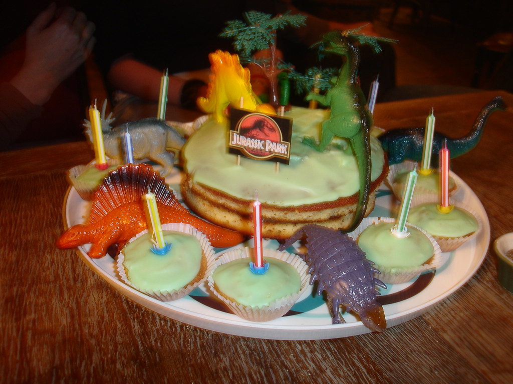 Alex S Brilliant Jurassic Park Birthday Cake For Tom Flickr