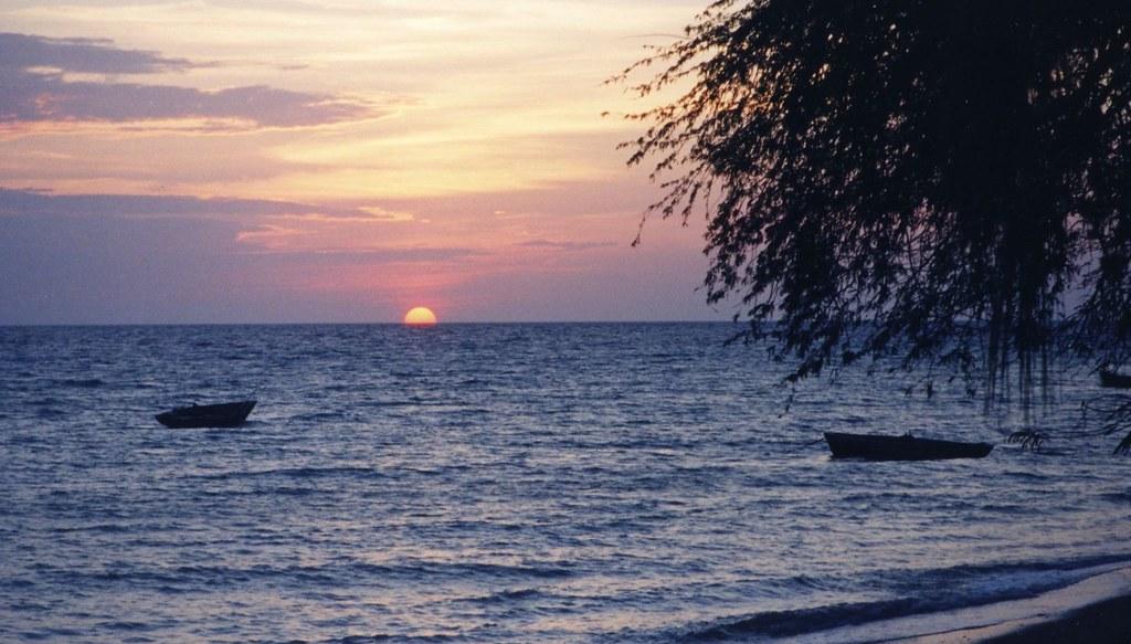 Haiti sunset | beach a...