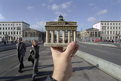 berlin, brandenburger tor | by michael_hughes