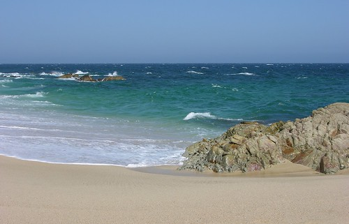 Los Cabos Beach Clubs