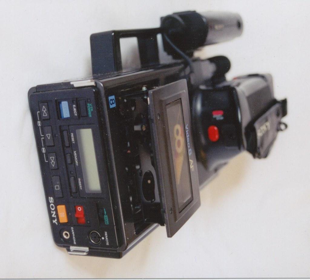 Old Sony Video Camera | 2002-09 Old Video Camera 04 | Flickr