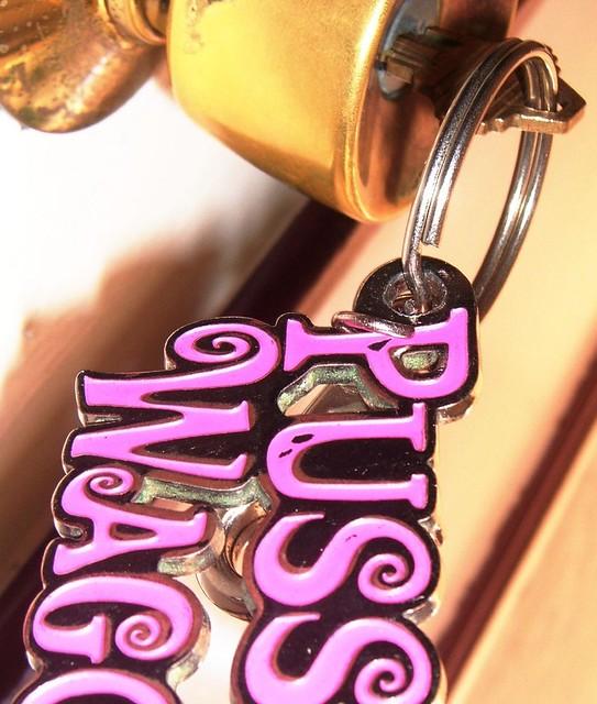 Darwin lock and key