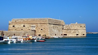 Heraklion | by macropoulos