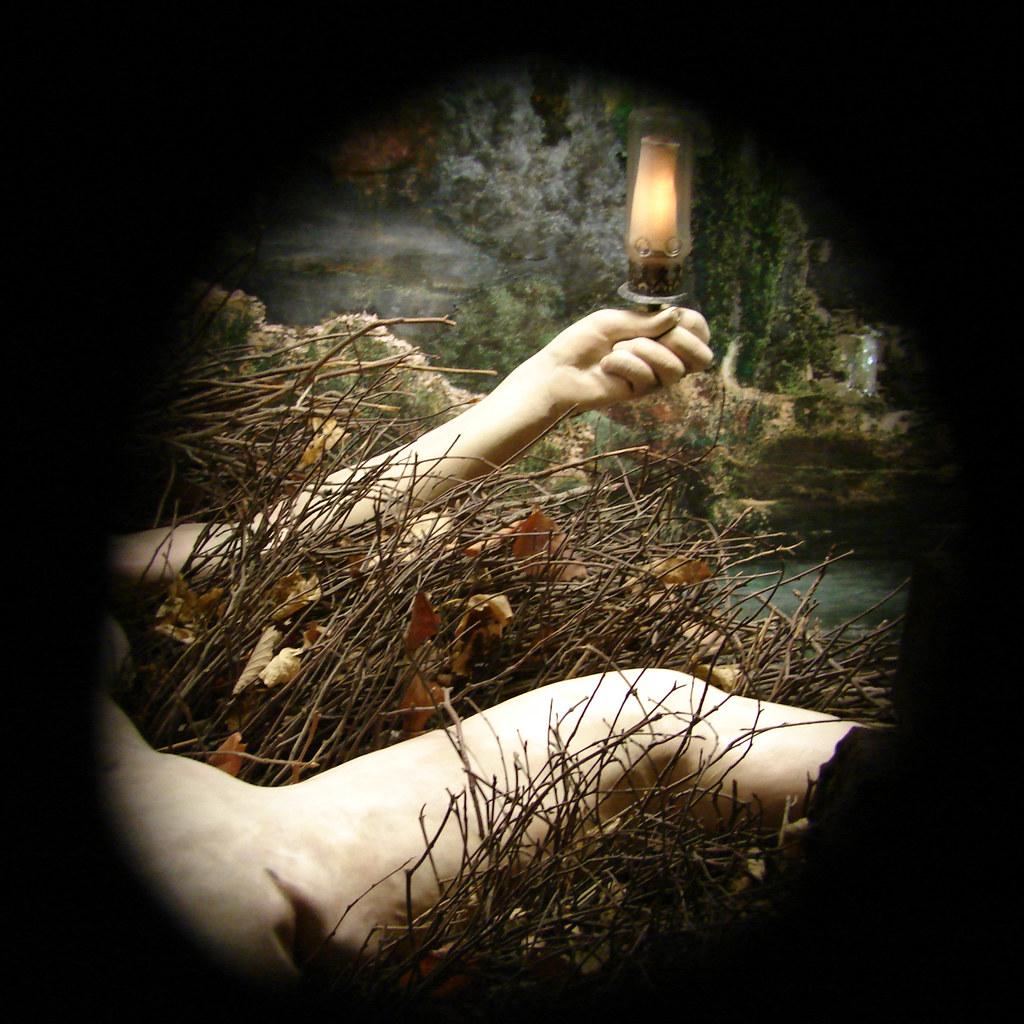 Etant donnés: (1) la chute de l'eau; (2) le gaz d'éclairage, de Marcel Duchamp. Realizado entre 1946 e 1966. Encontra-se no museu da Filadélfia
