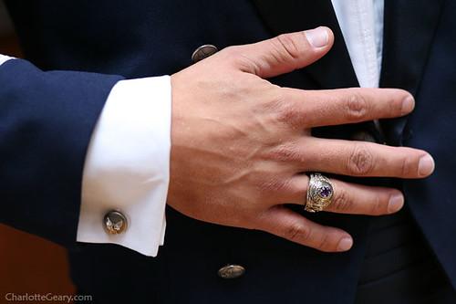 Мужские ювелирные украшения.