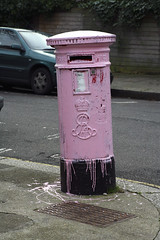 Repainted Pink Postbox in Gondar Gardens | by cockster75