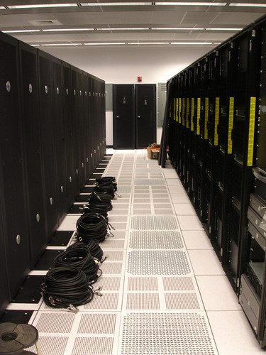 VIsiting Dave: Server Room | by phil schatz