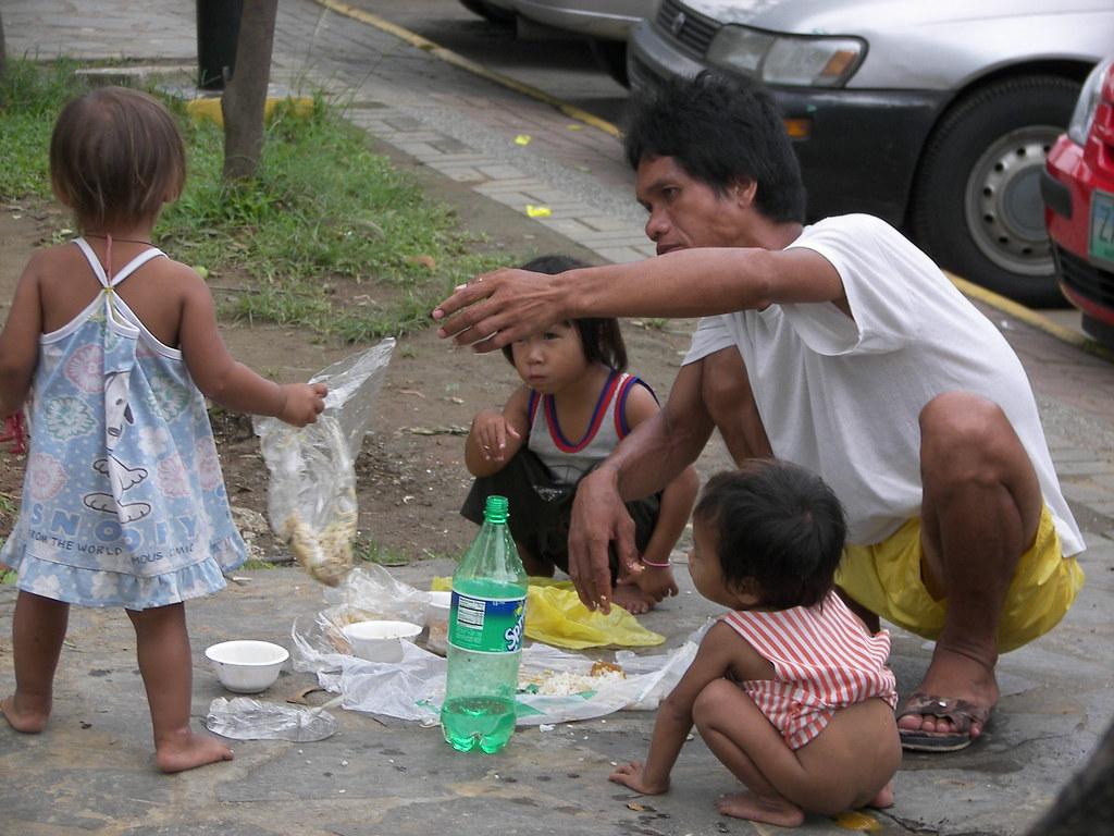 slum city girl child
